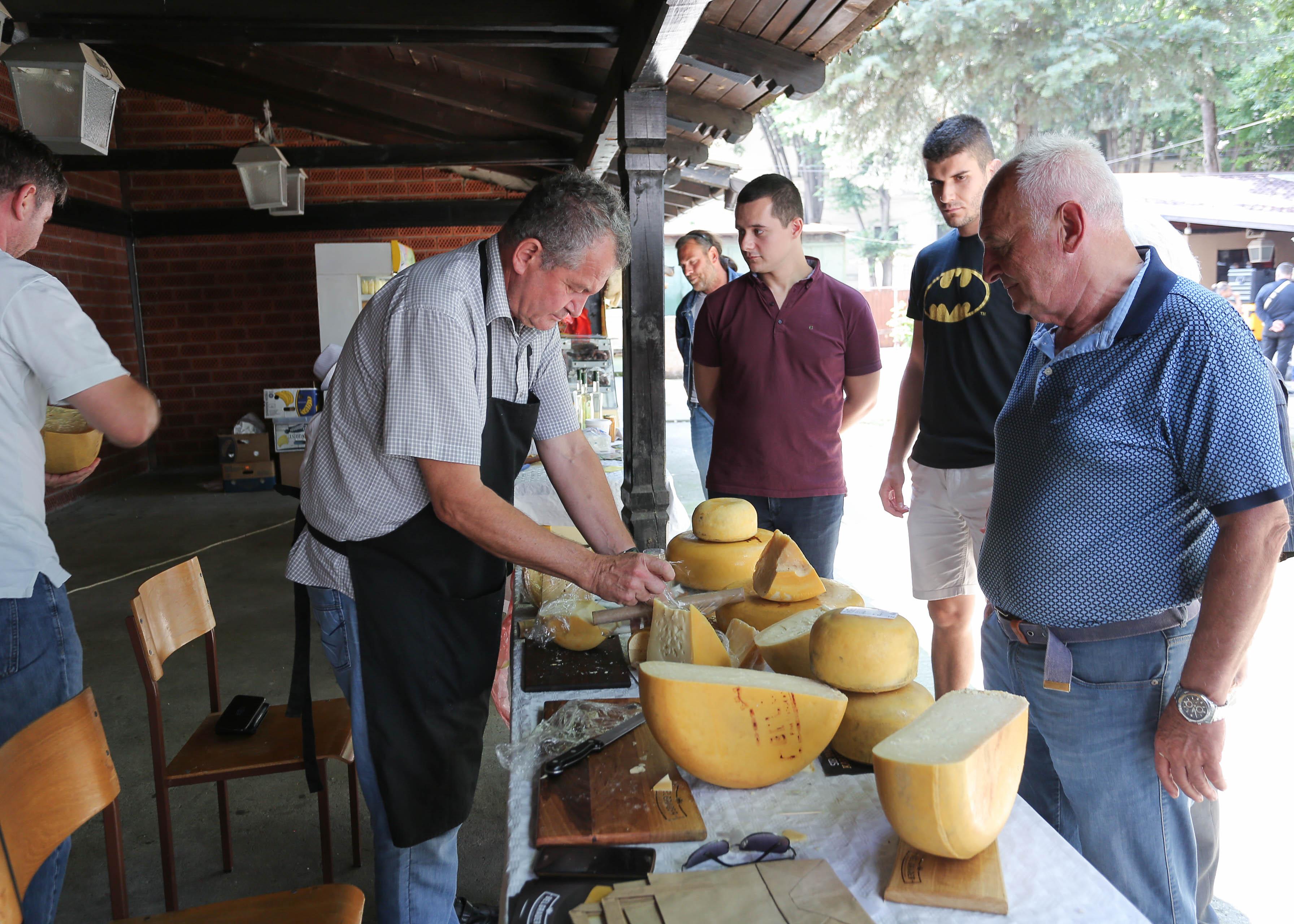 Kuhinje sveta, Kragujevac 20189442